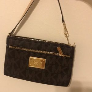Michael Kors Jet Set Wrist Purse NWOT